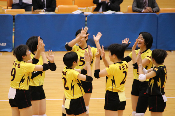H30_volley07