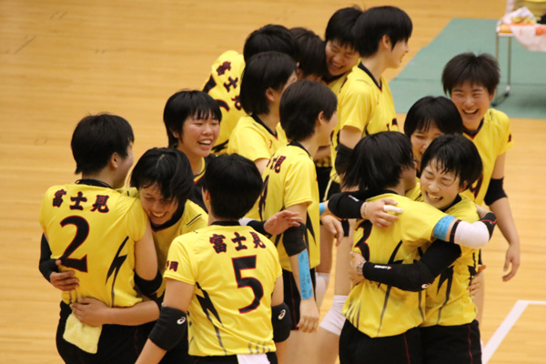 H30_volley11